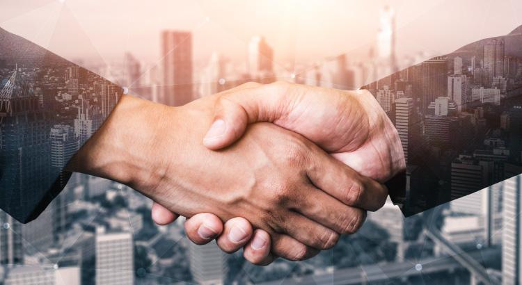 relações com os clientes